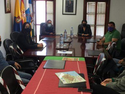 Visita de la Consejera del Área de Industria, Comercio, Artesanía y Vivienda del Cabildo de Gran Canaria.